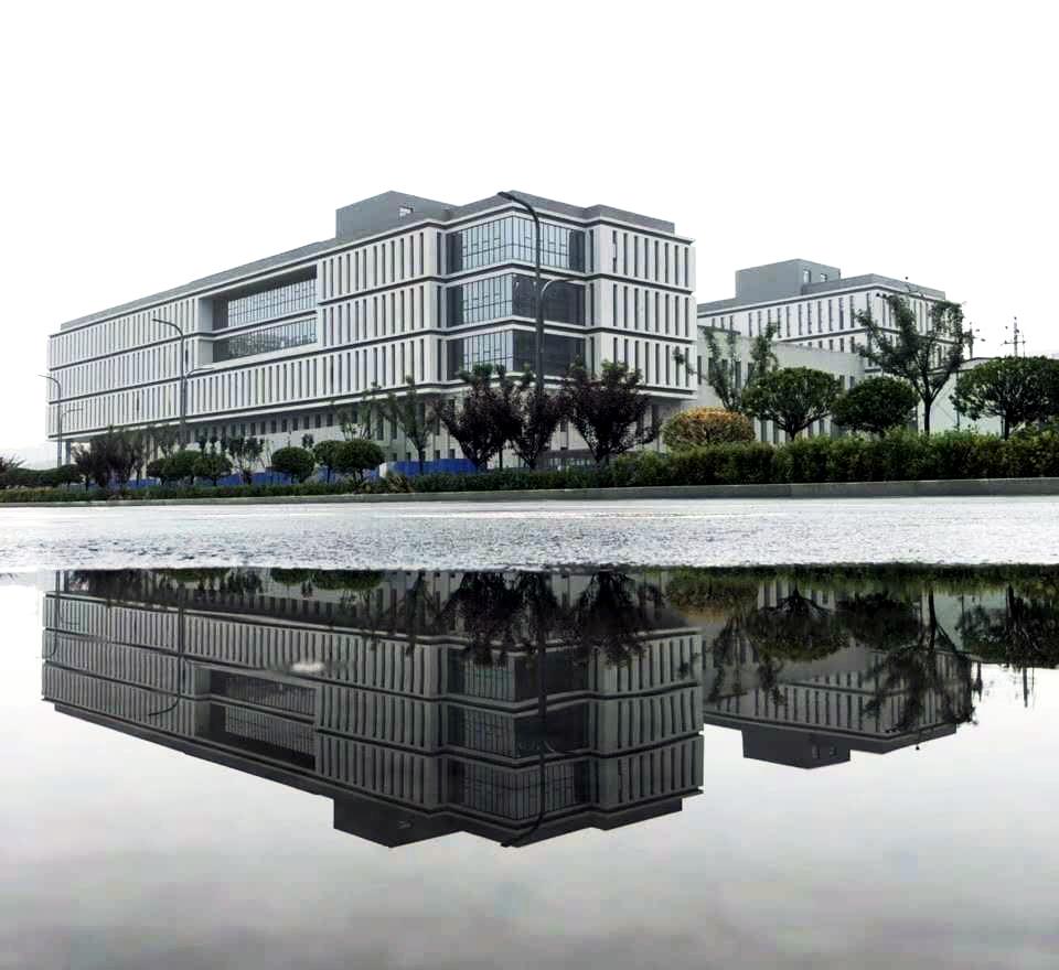 完善体制机制_山西省长楼阳生一行到访清华大学山西清洁能源研究院